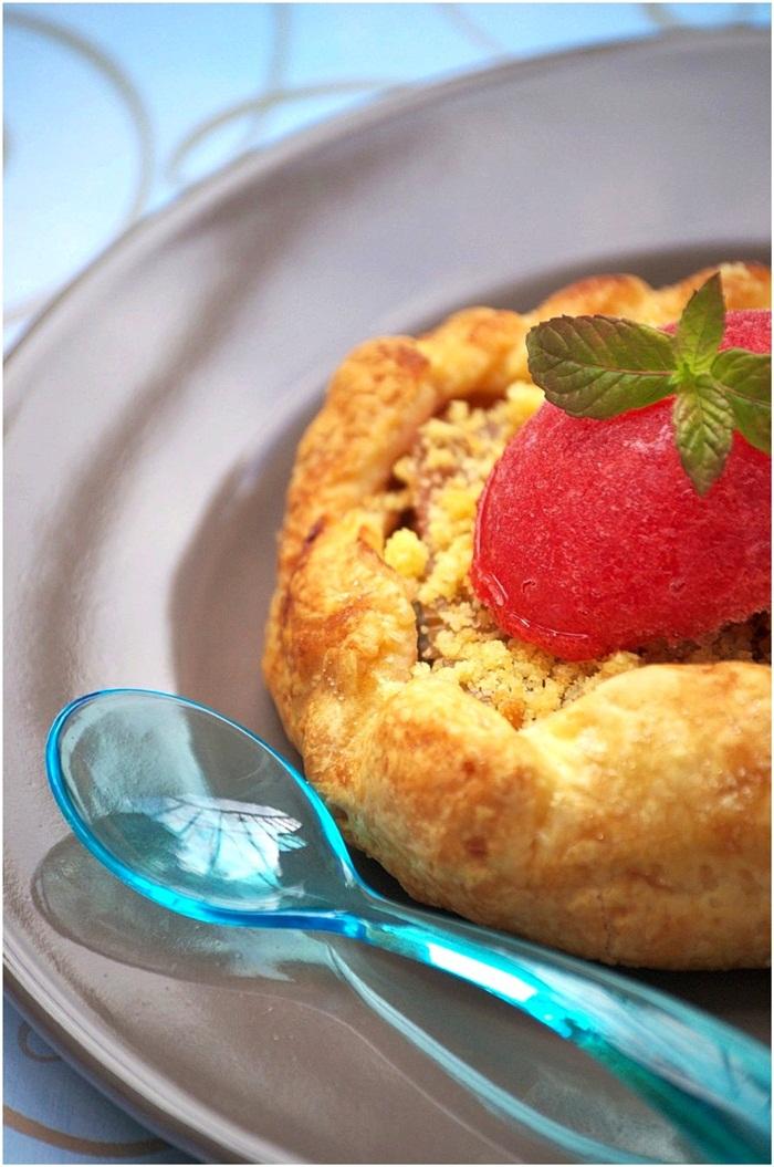 Tarte-Crumble-Rhubarbe-Sorbet-Fraise-Menthe-1